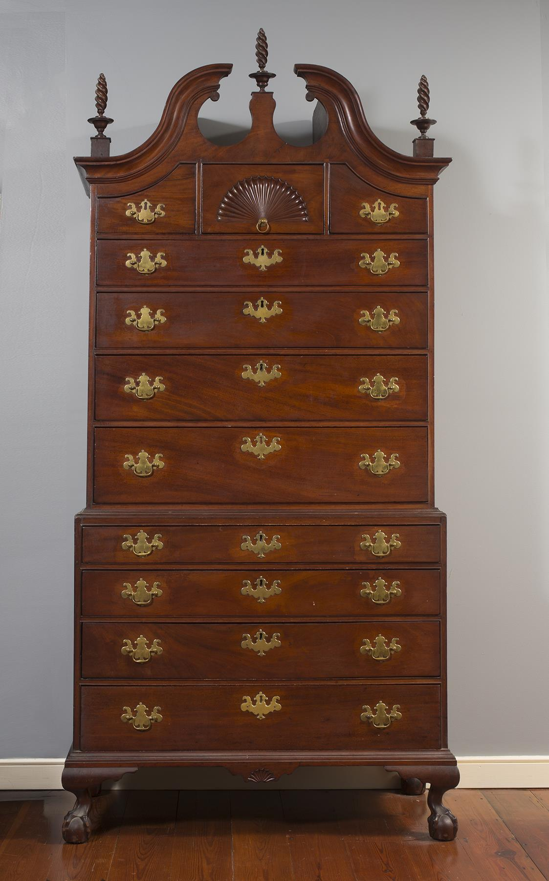 Chippendale Fan-Carved Chest on Chest