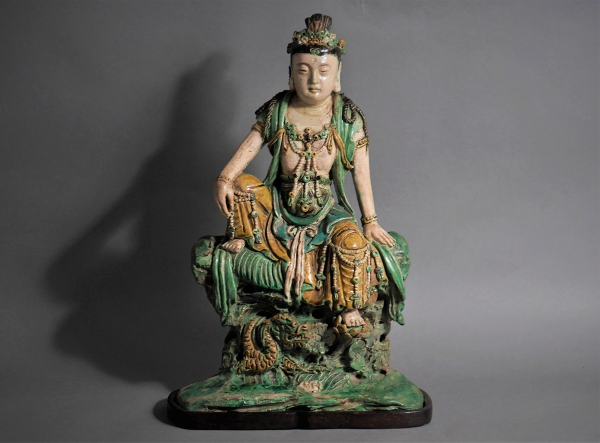 LARGE CHINESE GLAZED TILEWORKS FIGURE OF SEATED GUANYIN